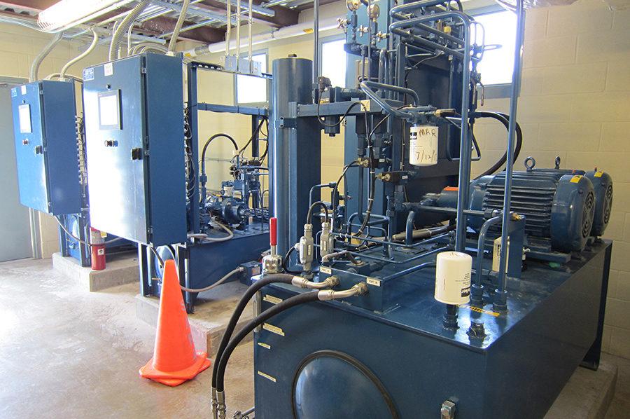 Hydraulic power unit in lock & dam gate  control application